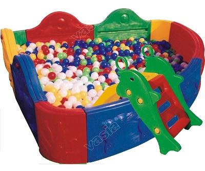 คอกกั้นเด็ก คอกเด็ก บ่อบอลพลาสติกเข้ามุมใส่ลูกบอกได้ เสริมพัฒนาการเด็ก กั้นเป็นที่นอน