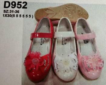 ขายส่งราคาถูก รองเท้าเด็กผู้หญิงมีคาด ตรงกลาง พื้นยาง ด้านหน้าเป็นลายโบว์