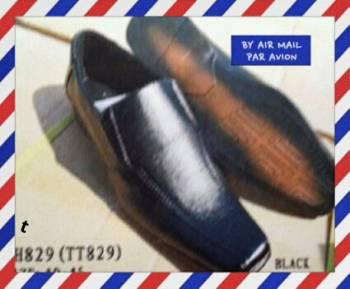 ขายส่ง รองเท้าคัชชูใส่ทำงานผู้ชาย สีดำ หัวแหลม หนังด้าน