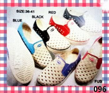 ขายส่ง รองเท้าคัชชูยางโฟมเบา ผู้หญิง