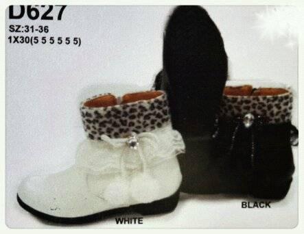 รองเท้าบู๊ตเด็กผู้หญิง ขายราคาส่ง  น่ารัก