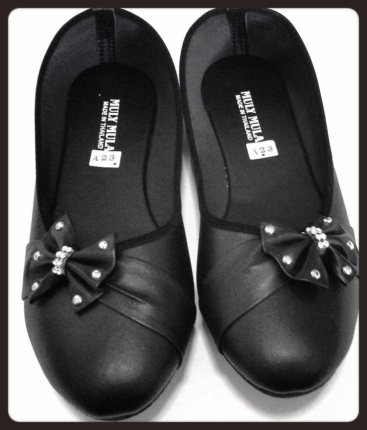 รองเท้าหนังแก้ว คัชชูสีดำ ส้นเตี้ย ใส่เรียน ใส่ทำงาน เบอร์ใหญ่ พิเศษ มีโบว์ หัวกลม หนังด้าน