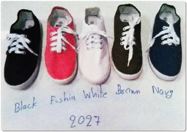 รองเท้าผ้าใบผู้หญิงแฟชั่น  ผูกเชือก ไม่มีลาย ขายส่ง