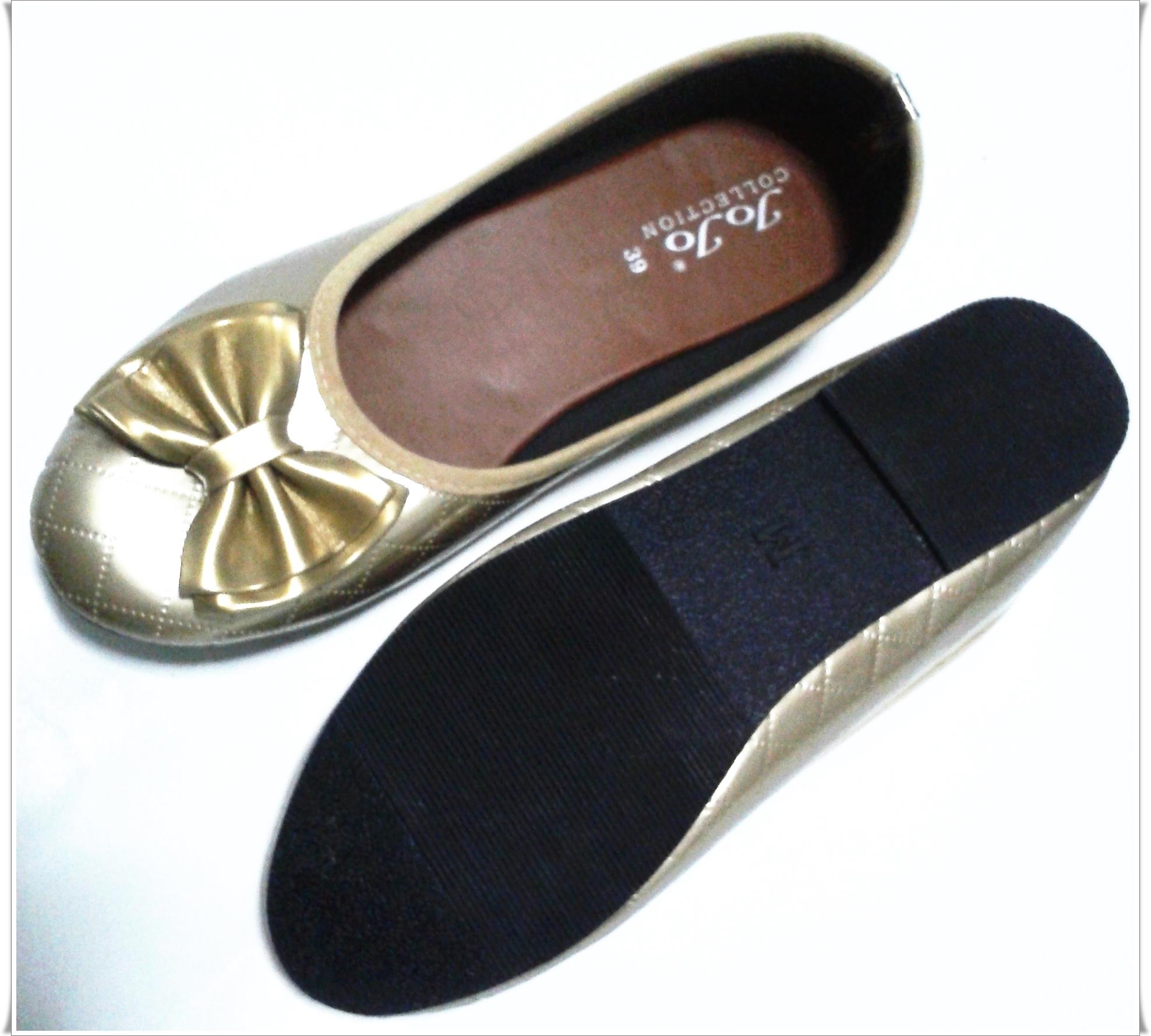 รองเท้าคัชชู ส้นเตี้ยพื้นยาง สีทอง มีลายโบว์ ขายสง