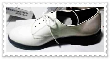 รองเท้าคัชชู หนังแก้ว สีขาว นักเรียนเดินเรือ ผูกเชือก ไม่มีลาย ขายส่ง