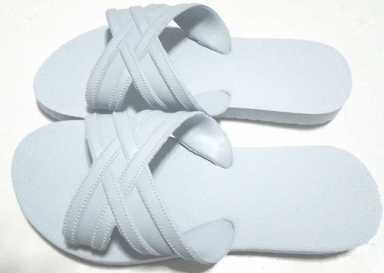 รองเท้าฟองน้ำสวม สีสีขาว ขายส่ง