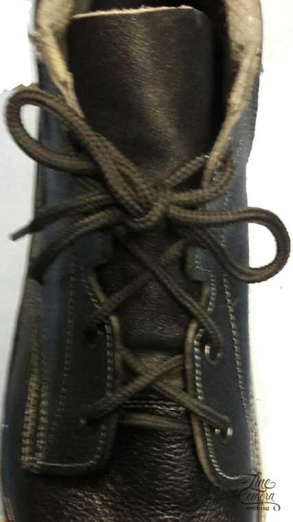รองเท้าหัวเหล็ก  หุ้มข้อ สีดำ ผูกเชือก  หัวกลม