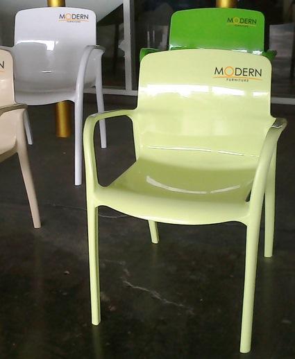 pmy20-34 เก้าอี้ลิลลี่ Lilly Chair