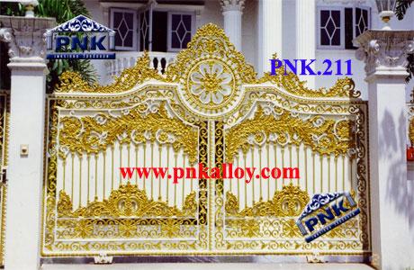 PNK.211 ประตู **ลายรำละคร**