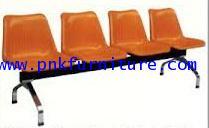 kkw8-6 เก้าอี้แถว 4 ที่นั่ง ขาเหล็กชุป คานสีดำ