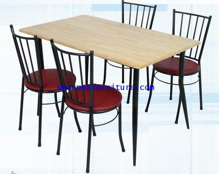 โต๊ะอาหารพร้อมเก้าอี้ kkw2-11