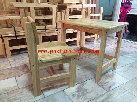 โต๊ะเก้าอี้นักเรียนไม้ยางพาราทั้งตัว ระดับ อนุบาล kkw1-7