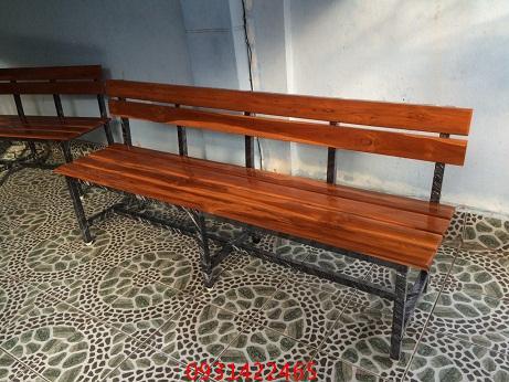 เก้าอี้สนาม, ม้านั่งสนามไม้ระแนง ขาเหล็ก kkw14-11 1