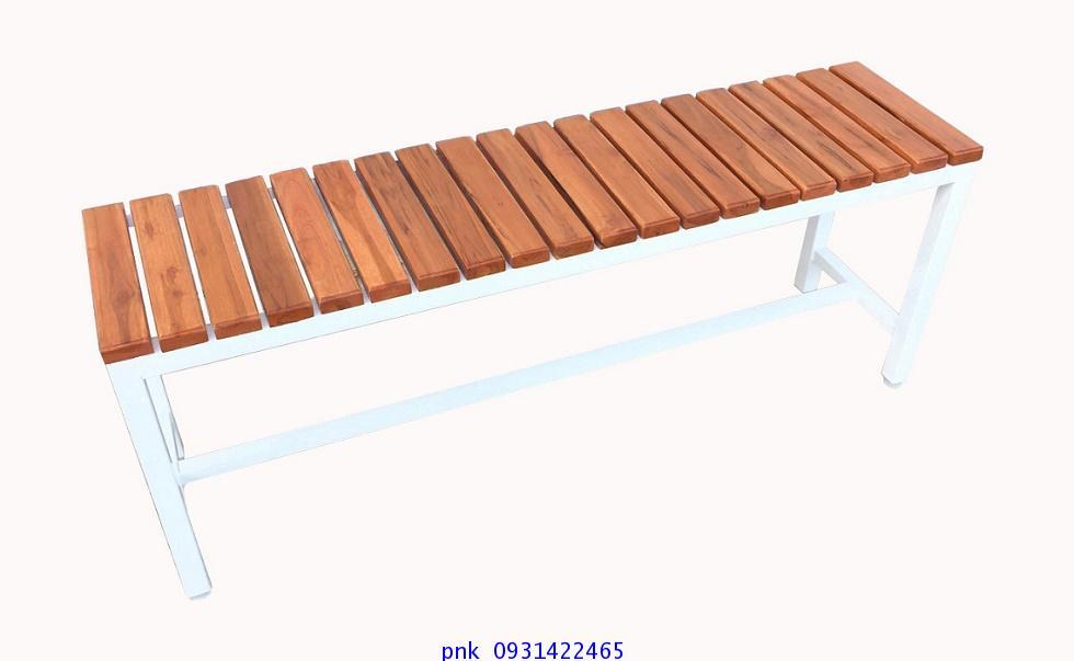 เก้าอี้สนาม,ม้านั่งสนามไม้สักทองตีระแนงแนวขวาง ไม้หน้า 2นิ้ว ยาว 1.20เมตร kkw14-3