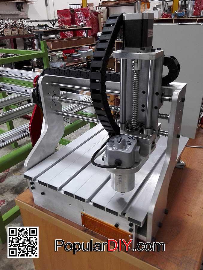 เครื่อง CNC แบบ 3 แกน 28*30  DIY