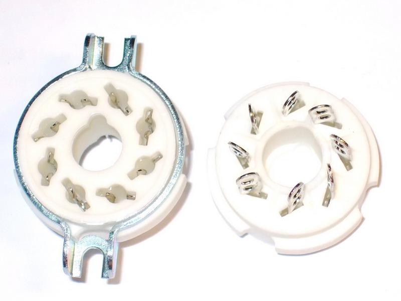 AO8 Ceramic Socket 8 Pins