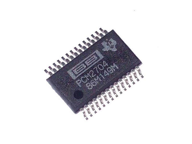 PCM2704DB