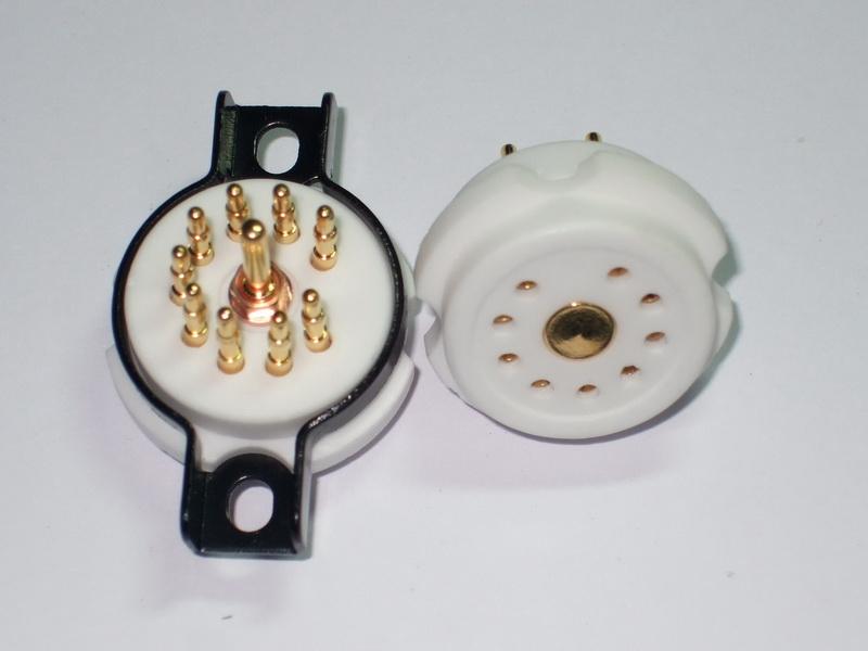 B9A Ceramic Socket 9 Pins ขาทองแดงชุบทอง