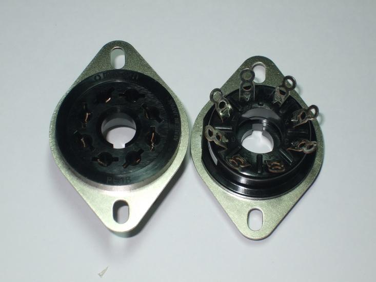 AO8 Bakelite Socket Omron