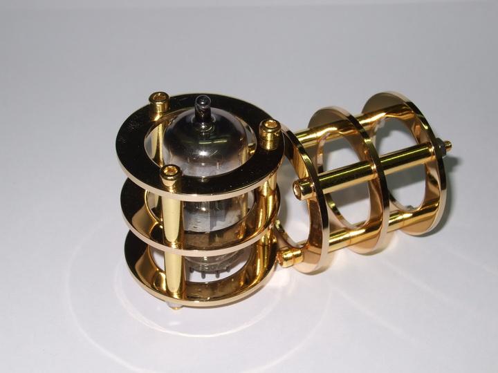 Tube Guard Gold Plate 12AX7
