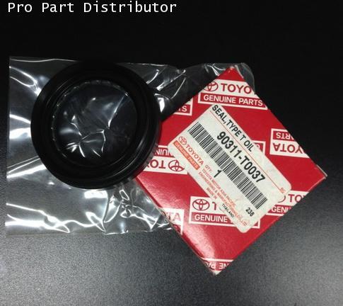 ซีล ล้อยาง สำหรับรถ VIGO,MTX อะไหล่แท้รถยนต์ โตโยต้า TOYOTA KUN16 (รหัสอะไหล่แท้รถยนต์ 90311-T0037)