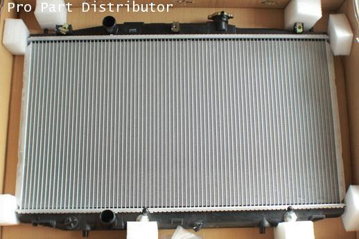 หม้อน้ำDENSOสำหรับรถยนต์ ฮอนด้า แอคคอร์ด HONDA ACCORD 2003 2.4 A/T DENSO อะไหล่แท้(รหัส422175-5600)