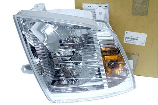ไฟหน้า ข้างซ้าย แบบ ฮาโลเจ้น  รถยนต์ Isuzu D-Max  ปี 2007–2011 อะไหล่แท้ รถยนต์ Isuzu (8-98079992-0)