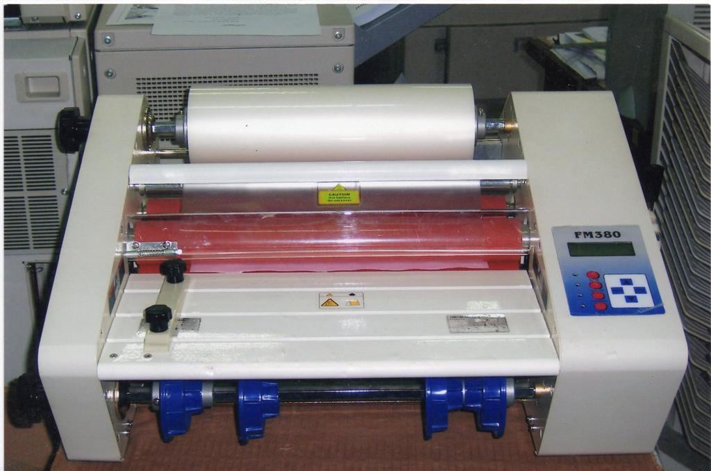 เครื่องเคลือบ Roll Laminator  รุ่น FM 380   สำหรับเคลือบปก  นามบัตรและงานอื่นๆ