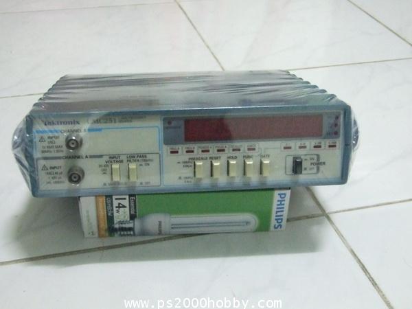 เครื่องวัดความถี่ Tektronix CMC251 Frequency Counter