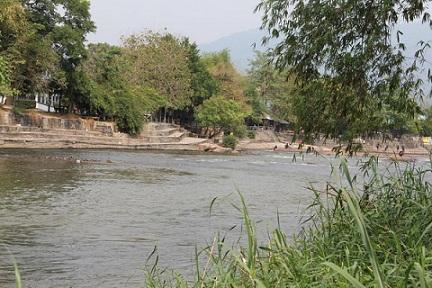 จ.นครนายก ต.หินตั้ง 18-2-24ไร่ ติดแม่น้ำนครนายก