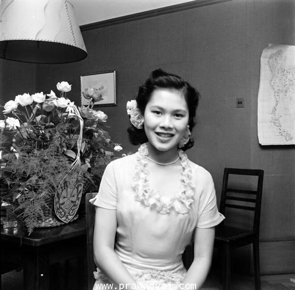 ภาพเก่าพระราชินี (23)