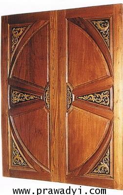 ประตูไม้สัก คู่วงล้อ