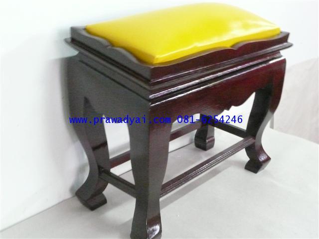 โต๊ะกราบพระ หน้า 8 สีโอ๊ค เบาะเหลือง