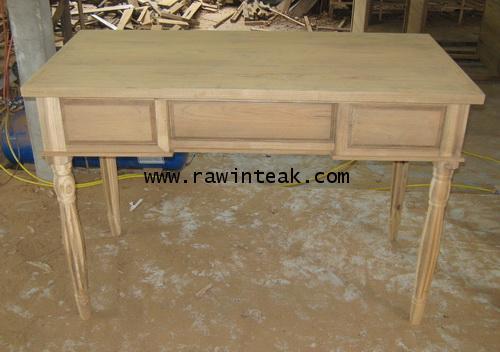 โต๊ะทำงานไม้สักขากลึง 3 ลิ้นชัก
