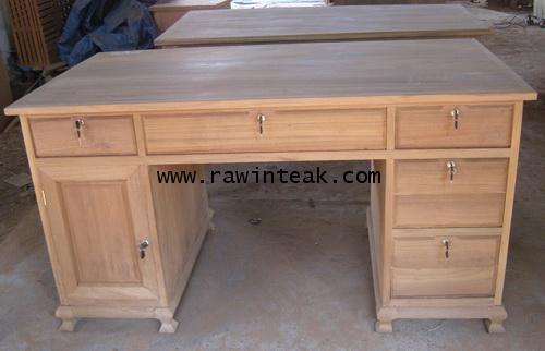โต๊ะทำงานไม้สัก 5 ลิ้นชัก 1 บานประตู