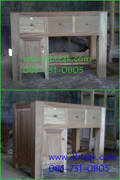 โต๊ะบัญชีไม้สัก 3 ลิ้นชัก 1 บานประตู ขา 4 นิ้ว