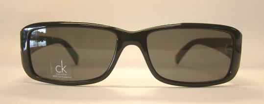 แว่นกันแดด Calvin Klein CK3070S สีดำ