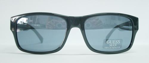 แว่นกันแดด GUESS GU6647