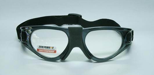 แว่นตาสำหรับเล่นกีฬา