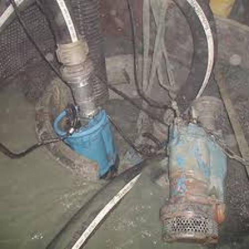 ให้เช่าปั้มน้ำ 7.5 hp. ปั้มแช่ ปั้มไดโว่ ปั้มจุ่ม ดูดโคลน