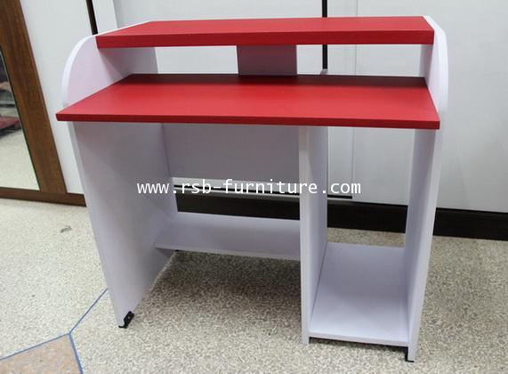 โต๊ะคอมพิวเตอร์รุ่นเปียโน ชั้นคีย์บอร์ดล็อคตาย รหัส 667 ผิว PVC รุ่นขายจำนวน ราคาขายส่ง 3