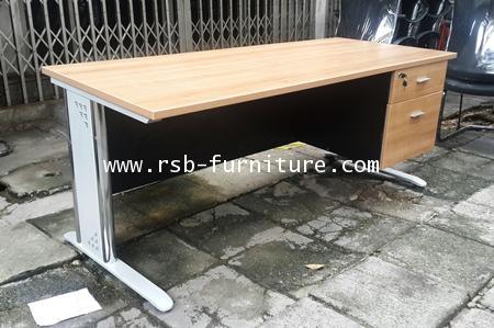 โต๊ะทำงาน โต๊ะผู้บริหาร ขาเหล็กปั๊มเงา ขนาด 180 cm