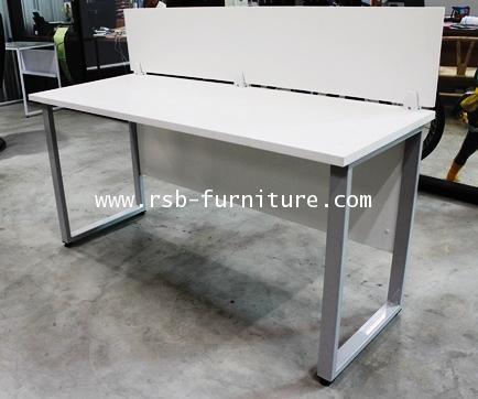 โต๊ะทำงานขาเหล็ก 150CM พร้อมฉากไม้ตั้งบนโต๊ะ รหัส 1477
