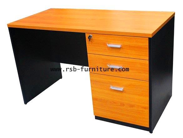 โต๊ะทำงาน ขาไม้ 3 ลิ้นชักเต็มถึงพื้น รหัส 1928 ขนาดกว้าง 120 / 150 / 180 cm