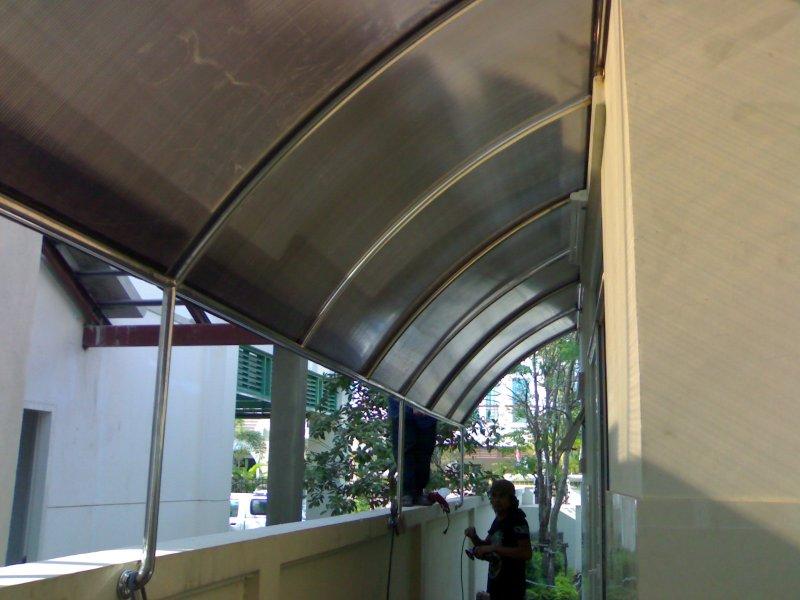 โครงหลังคาสเตนเลสโพลีคาร์บอเนต (Stainless Polycarbonate Hood) at Perfect Master Peace Ville)
