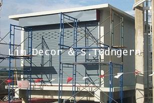 DIY ประตูม้วนเหล็กลอนเดี่ยวเคลือบสีเทาบานทึบ Single Curve Metal Steel Shutter Gate