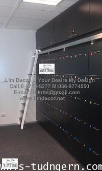 บันไดชั้นหนังสือสแตนเลสรุ่น So SimplyLD-F437 (The Stainless Steel Ladder Bookshel - So Simply Model