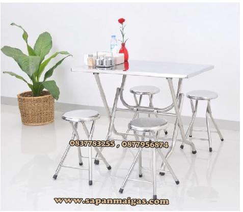 โต๊ะพับสเตนเลส ยาว 1.10 กว้าง 0.70 เมตร1ตัว+เก้าอี้พับได้ 4ตัว