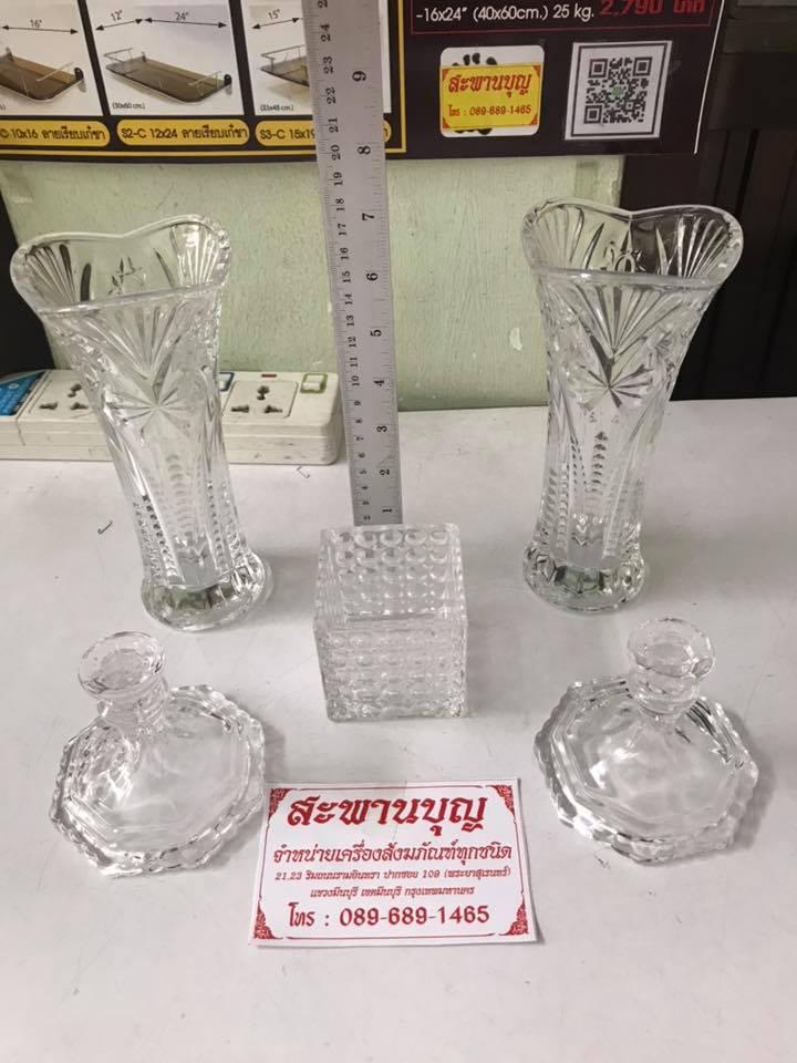 จัดชุดเซ็ท - แจกันแก้ว  กระถางธูป เชิงเทียนแก้วคริสตัล รุ่นมาตรฐาน 3