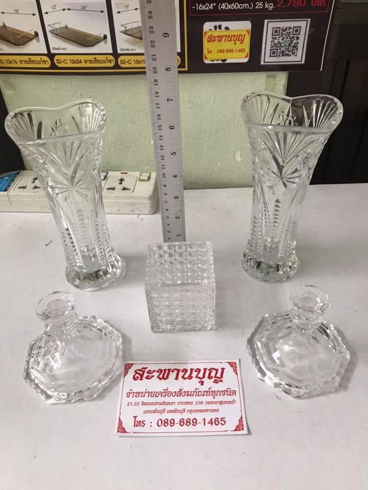 จัดชุดเซ็ท - แจกันแก้ว  กระถางธูป เชิงเทียนแก้วคริสตัล รุ่นมาตรฐาน 8